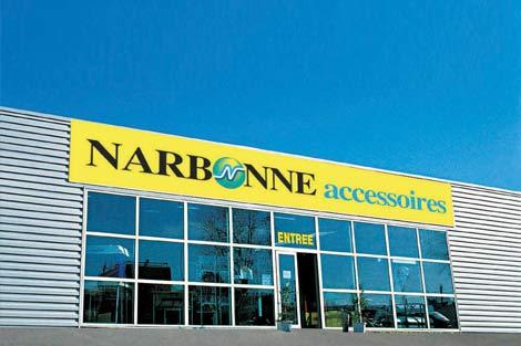 1990 développement réseau de magasins Narbonne Accessoires