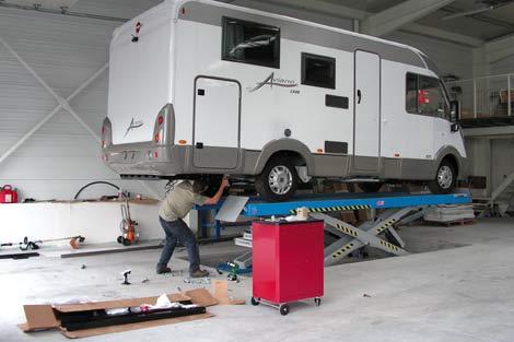 2001 création du réseau de centres techniques de carrosserie